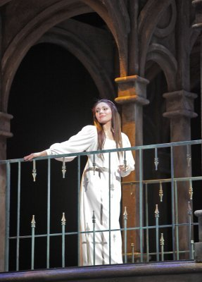 Romeo and juliet blog english for English balcony